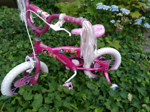 "Almost New Girl bike(14"") for sale.Excellent condition."