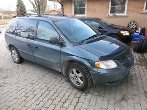 2005 Dodge caravan safetied etested