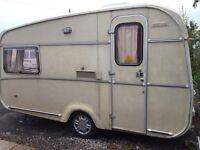 Castleton 1971 2birth caravan
