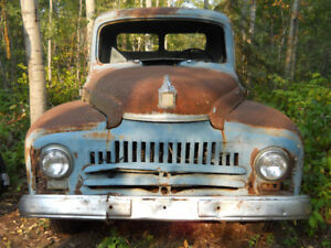 1951 International Harvester L series pick-up