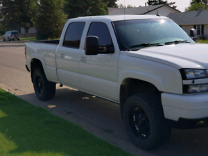 2003 Duramax Crew Cab Fully Loaded 4x4