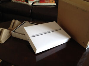 """2015 Macbook Pro 13"""" Retina - FULL FACTORY UPGRADED from Apple"""