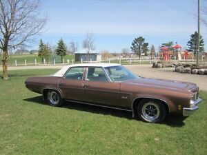 1972 OLDS Delta 88 455