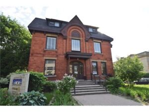 296 METCALFE ST, Commerical Building For Sale!