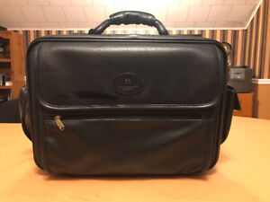 Laptop Carrying Bag / Business Briefcase