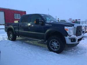 2011 Ford F-250 lariat superduty