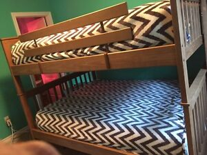 Moving sale -queen bunk beds  Cambridge Kitchener Area image 1
