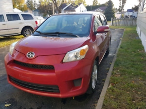Toyota Scion 2011