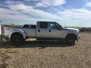 2016 Ford F-350 XLT FX4 Pickup Truck