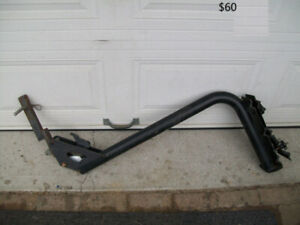 4   Hitch BIKE RACKs for car/SUPPORT A VELO,