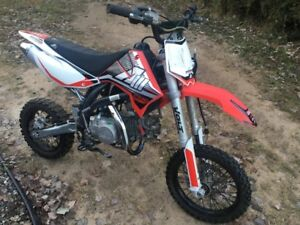 Pit bike Apollo 140cc