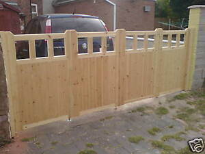 BI-FOLDING DRIVEWAY GATES CUSTOM MADE TO YOUR SIZES IN THE COTTAGE STYLE