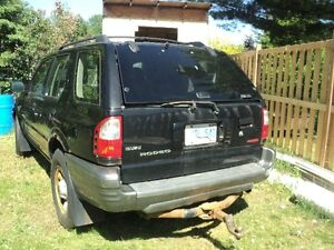 2001 Isuzu Rodeo SUV, Crossover NEED GONE $ 500