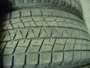4 pneus d'hiver 245/55/19 Bridgestone Blizzak DM-V1