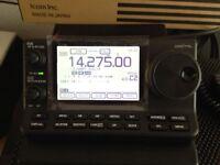 Icom 7100 transceiver