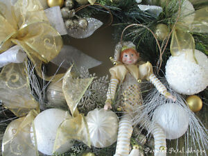 SALE--Christmas Elf Wreath/Gold/White/Champagne Holiday Wreath Belleville Belleville Area image 4