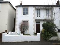 3 bedroom house in Trinity Road, East Finchley, N2