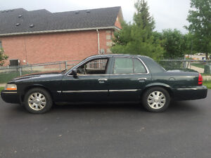 2003 Mercury Grand Marquis, runs like a dream!!!