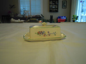 Covered Butter Dish - Grimwades Royal Winton