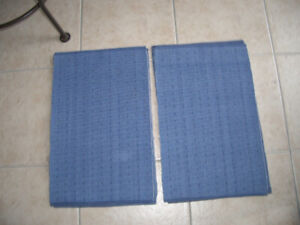 8 Table Place Mats - Stain Resistant & Machine Washable