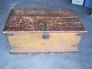 ANTIQUE 1810 1820 QUEBEC PINE CHEST hand forged hardware
