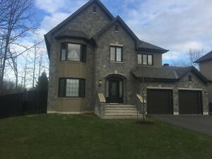 Luxury house for rent, 15 minutes from downtown Ottawa (Aylmer)