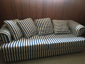 4-Seater Couch - includes Hideaway Bed