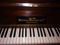 Piano upstanding
