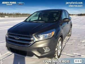 2017 Ford Escape SE  - one owner - local - trade-in