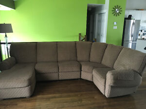 FREE - Elran 4-piece sectional