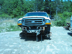 2004 Super Duty Ford for parts