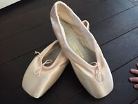 Never used ballet pointe shoes