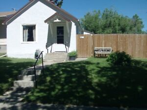 House For Sale in Cabri