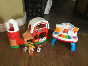 Ferme Fisher Price Little People + Piano musical Playskool