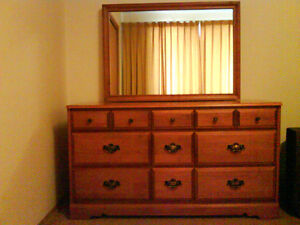 Baronet Dresser Buy Sell Items Tickets Or Tech In Ontario Kijiji Classifieds
