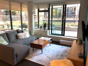 Fully Furnished Gastown Condo 2bed/2bath Avail May 1st