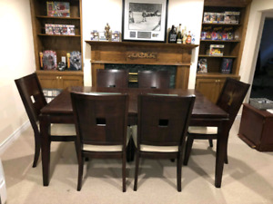 Dining Room Table w/ 6 Chairs - Solid Wood w/ Glass Inserts