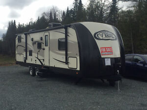 Forest River Vibe Extreme Lite 272BHS Travel Trailer