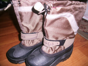 Brand new boys size 12 winter boots