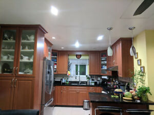 $2400 / 3br - 1150ft2 - FOR RENT NEAR JOYCE SKYTRAIN (Near Joyce