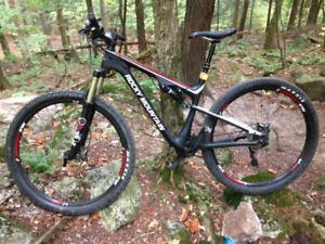 Vélo de montagne Rocky Mountain