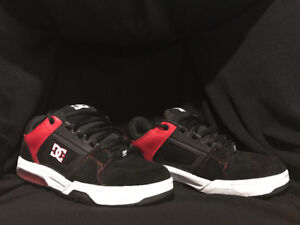 DC Shoes 11.5 , comme neuf ,Like New