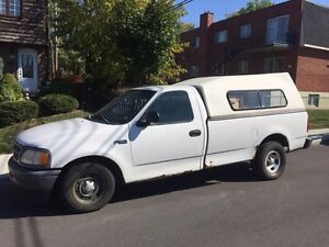Ford. f-150. V6. 1998. Automatique. 600$