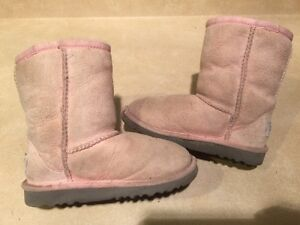 Toddlers Pink Boots Size 11 London Ontario image 2