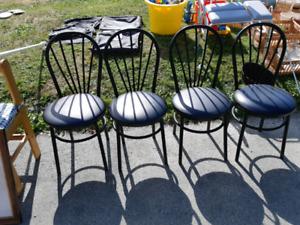 4 black cushion metal dining room chairs