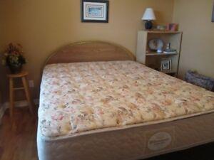 queen bed  complete set