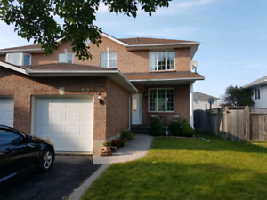 Beautiful West End semi for rent.  Available Nov 1/17.