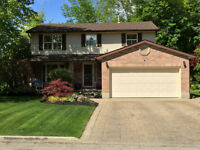 Gorgeous 2 Storey - Exceptional View