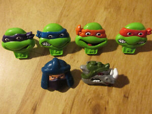 TMNT Teenage Mutant Ninja Turtles Shreddies Rubber Ring Toy G1