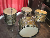 1964 Ludwig Drum avec Supraphonic snare, stands, pedale etc...